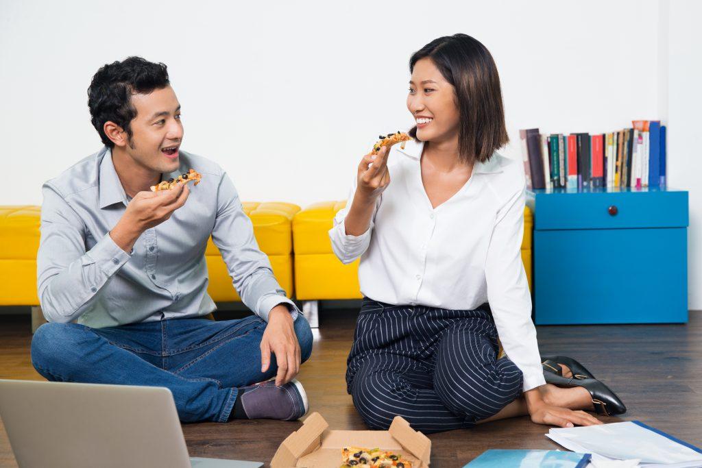 想發展辦公室戀情?你最想知道的五大疑問